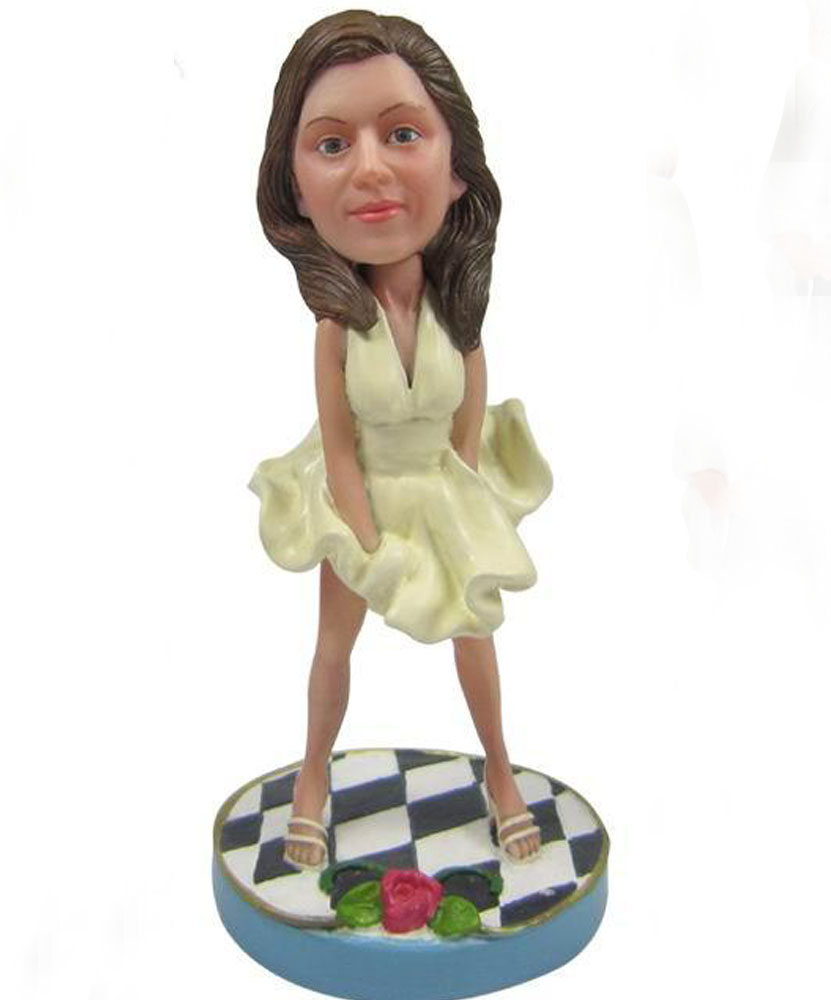Create your own bobblehead with princess skirt G095