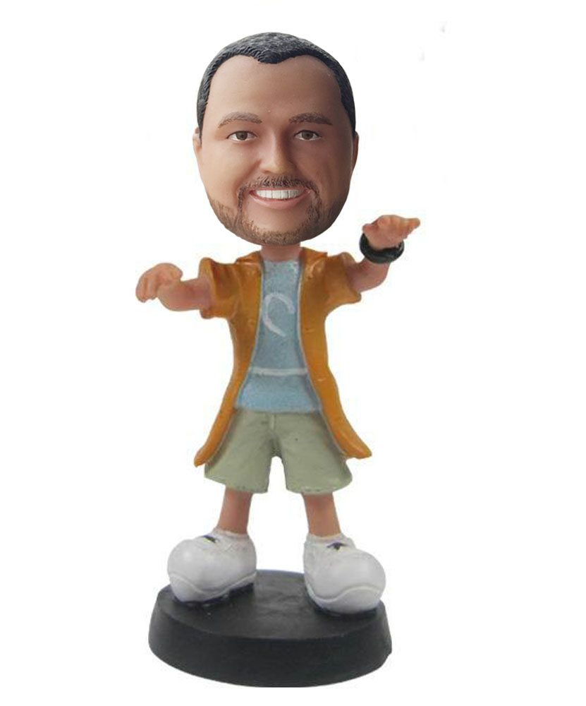 Cheap bobblehead of male tai-chi player