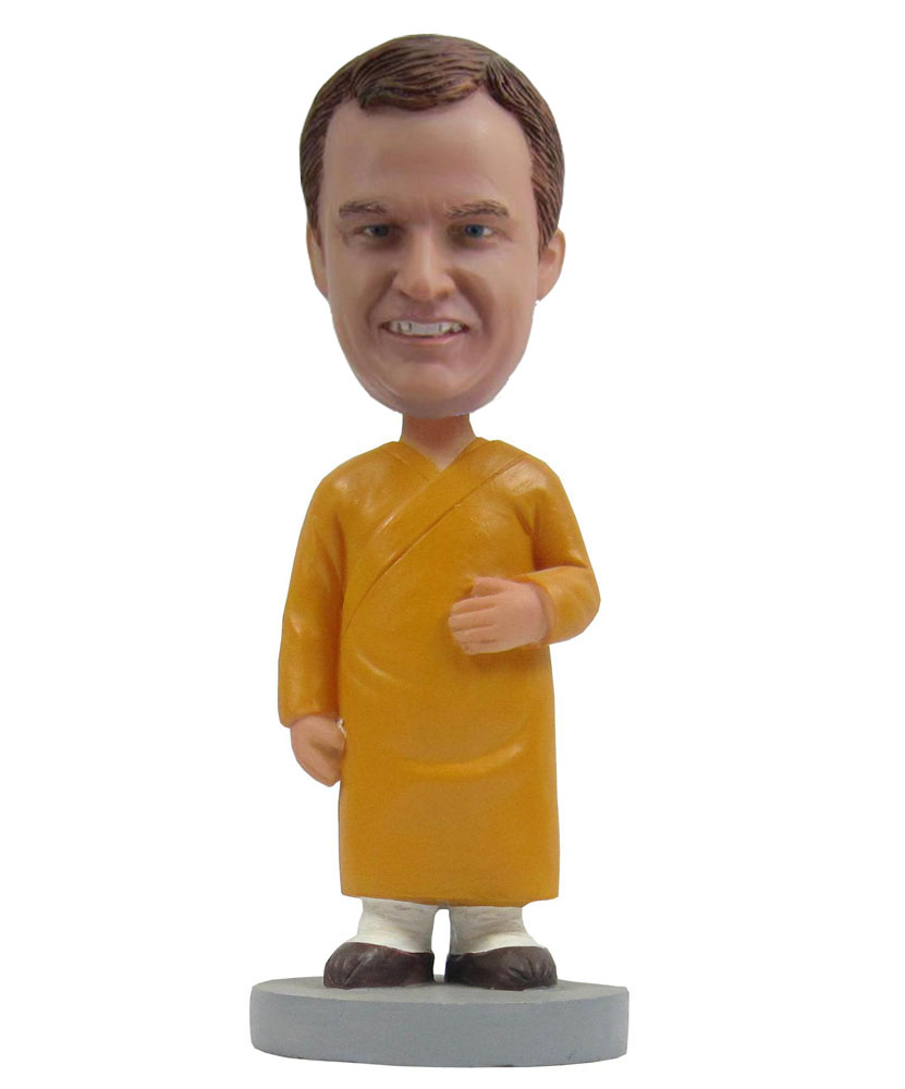 Special bobbleheads with yellow long dress