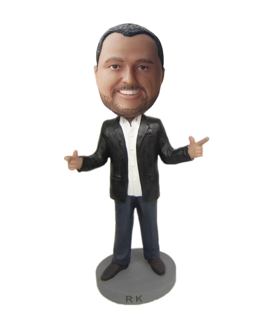 Personalised dolls of male speechmaker