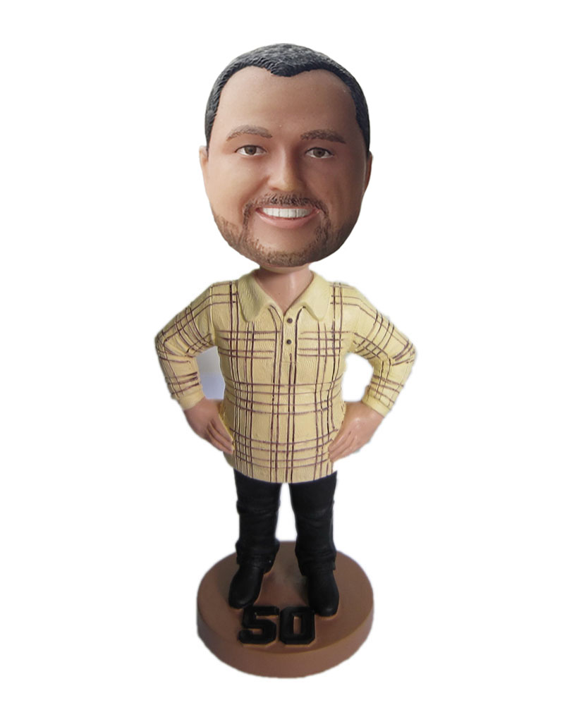 Father bobbleheads hand on the wasit B305-1