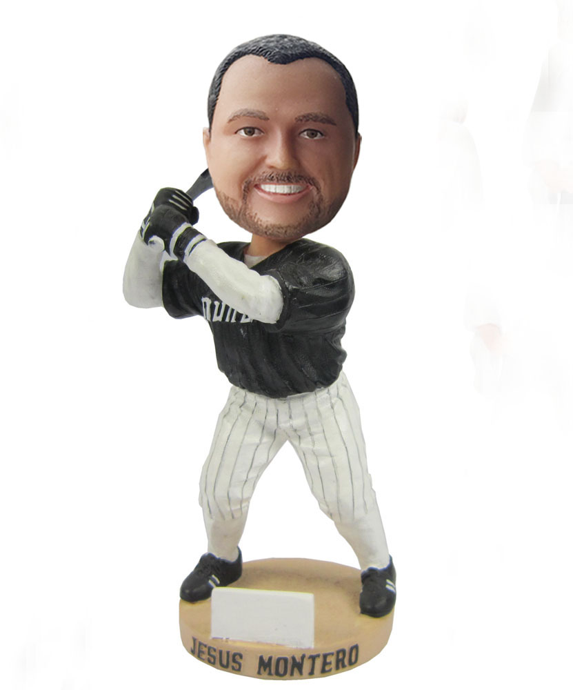 Swinging baseball bat bobble heads S401