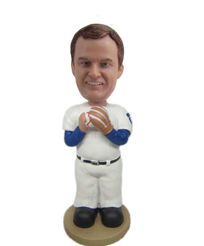 Man With Baseball Glove bobblehead Doll S422