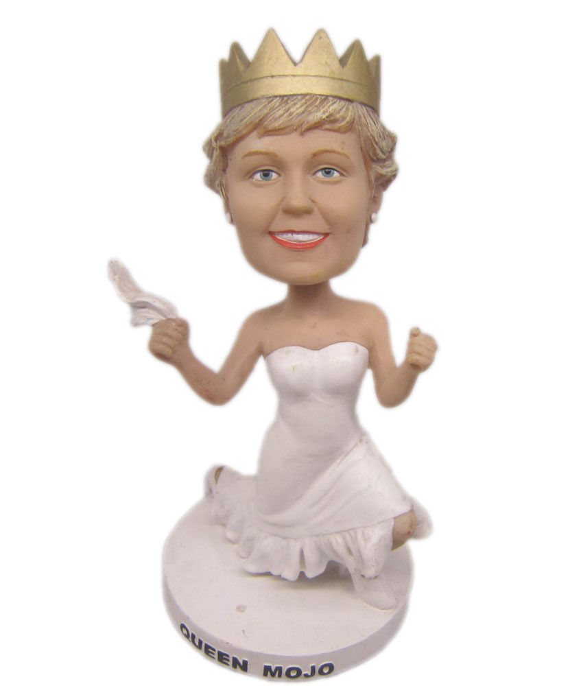 Princess bobblehead with white dress and crown on head