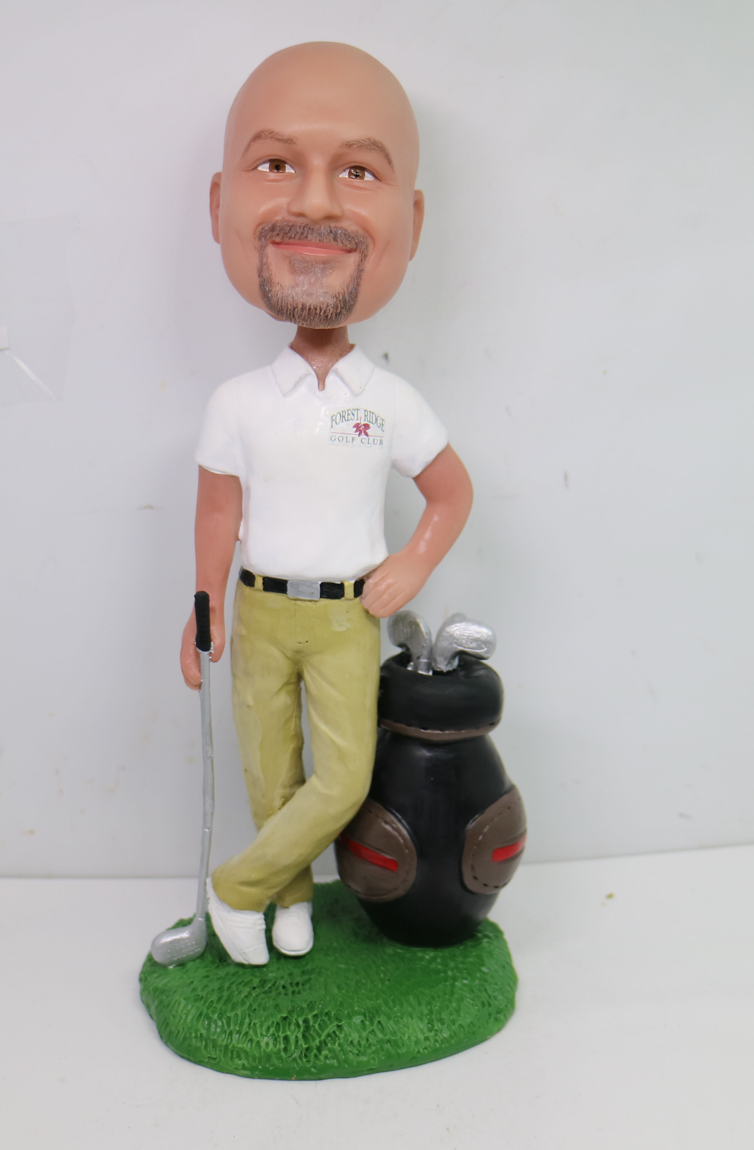 There's a latest Christmas gift idea this year on the Internet that is creating a stir. It is customized bobblehead dolls.