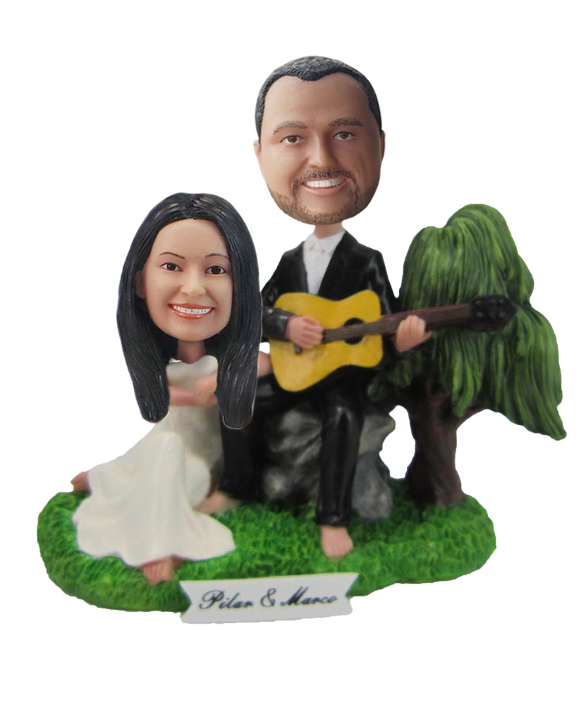 Custom Wedding with gitar Bobblehead W119