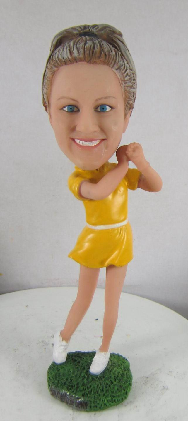 Make dance  bobble head S752