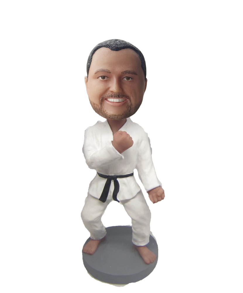 Now for the best gift- bobblehead dolls
