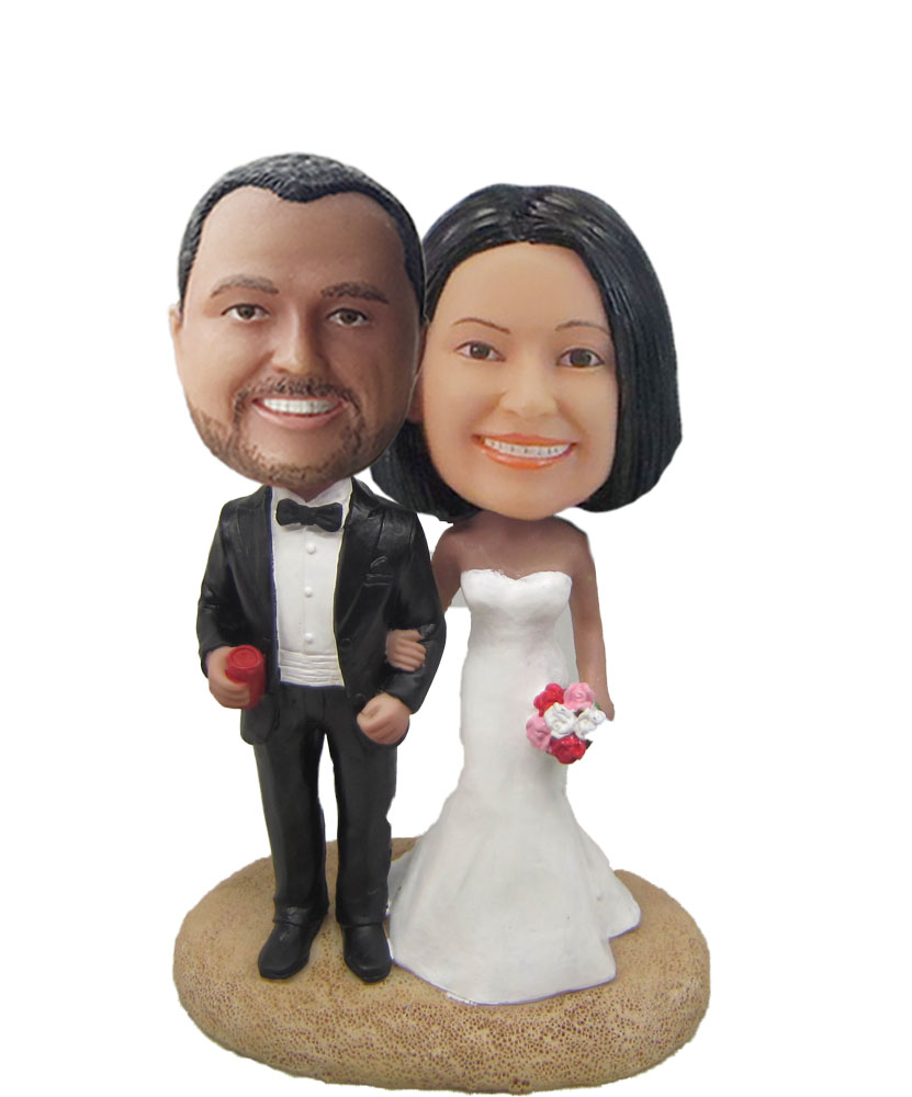 Arms In Arms With Red Roses Wedding Bobblehead W608