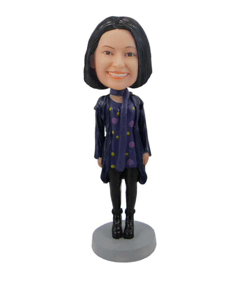 Female wearing a skirt and boots bobblehead F115