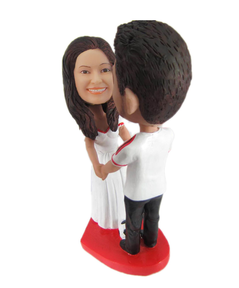 Wedding bobblehead hand in hand W1031