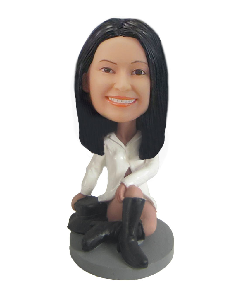 Female with white top at the music festival bobblehead doll F822