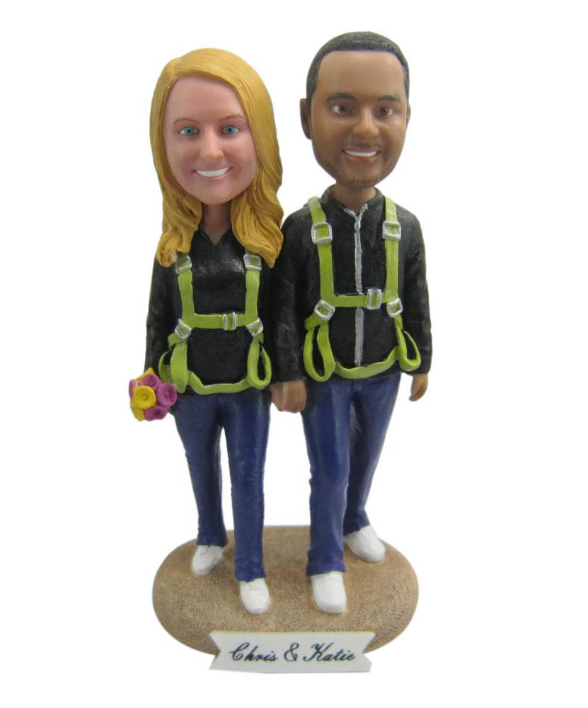 Casual Couple Hand In Hand Climb Bobbleheads