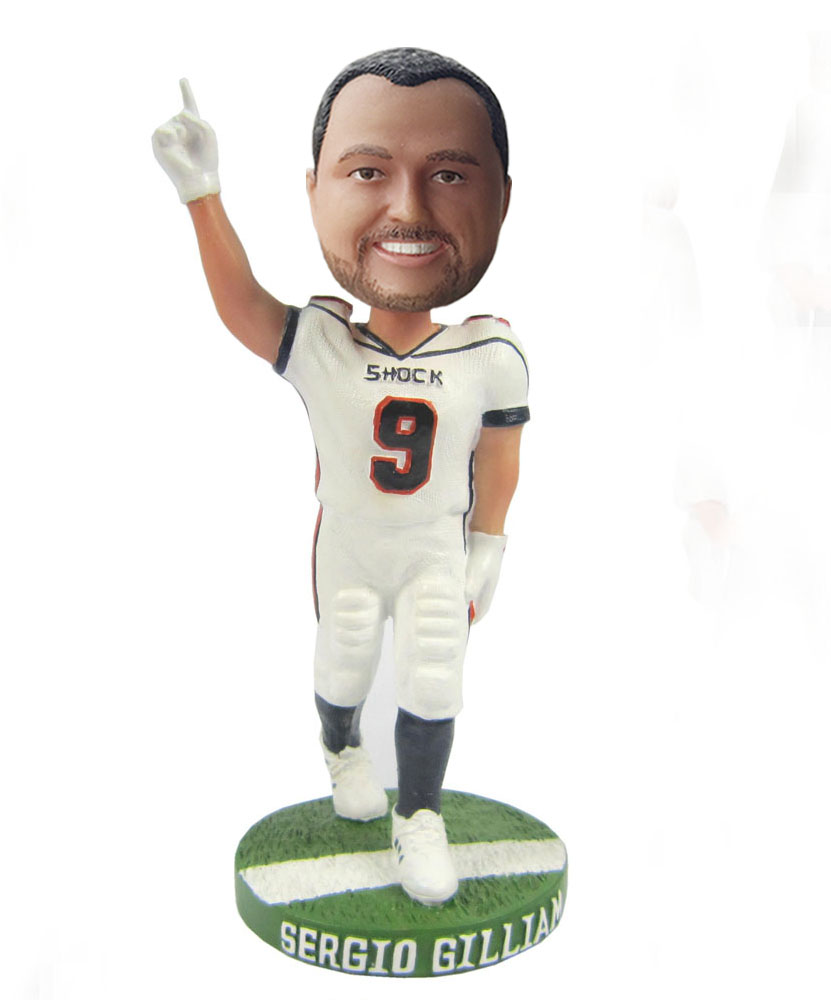 9a7efe99e 9 Football bobbleheads S404