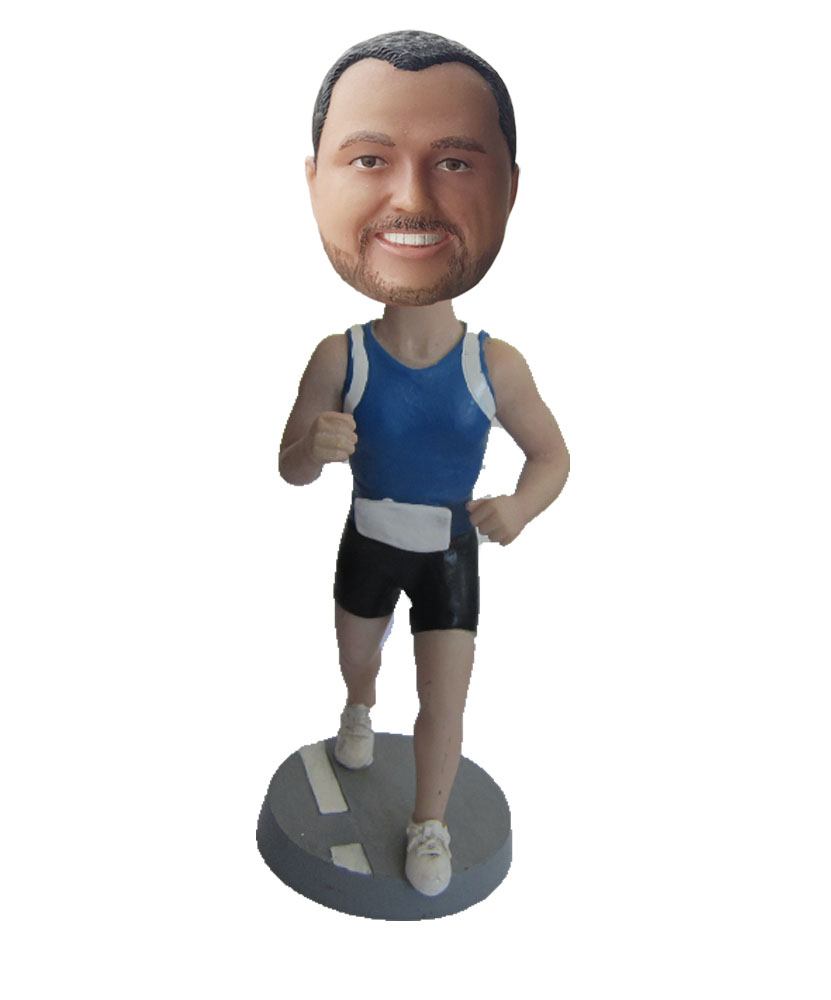 Run bobble head S14
